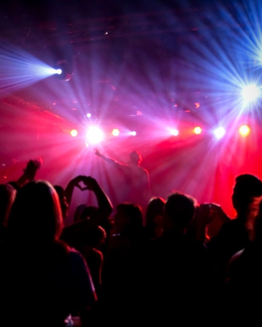 How To Throw Your First Party: A Guide For DJs – Digital DJ Tips